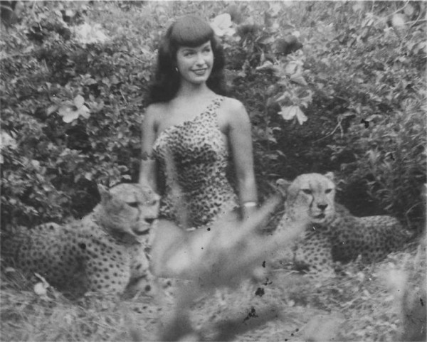 Bettie Page la prima pin up